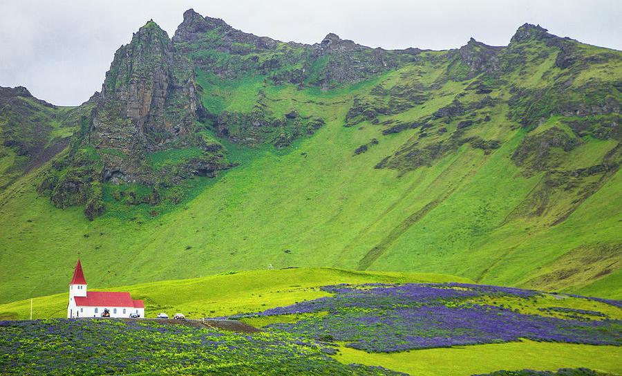 Island village of Vik