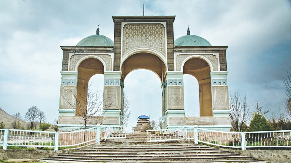 Mausoleum of Shah Fazil