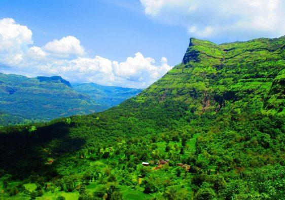Must-Visit Forts In Maharashtra