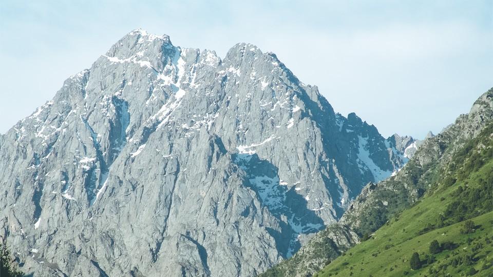 Issyk-Ata Gorge