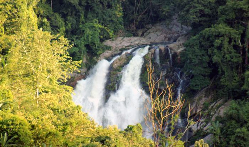 Rongbangdare Waterfalls, Meghalaya